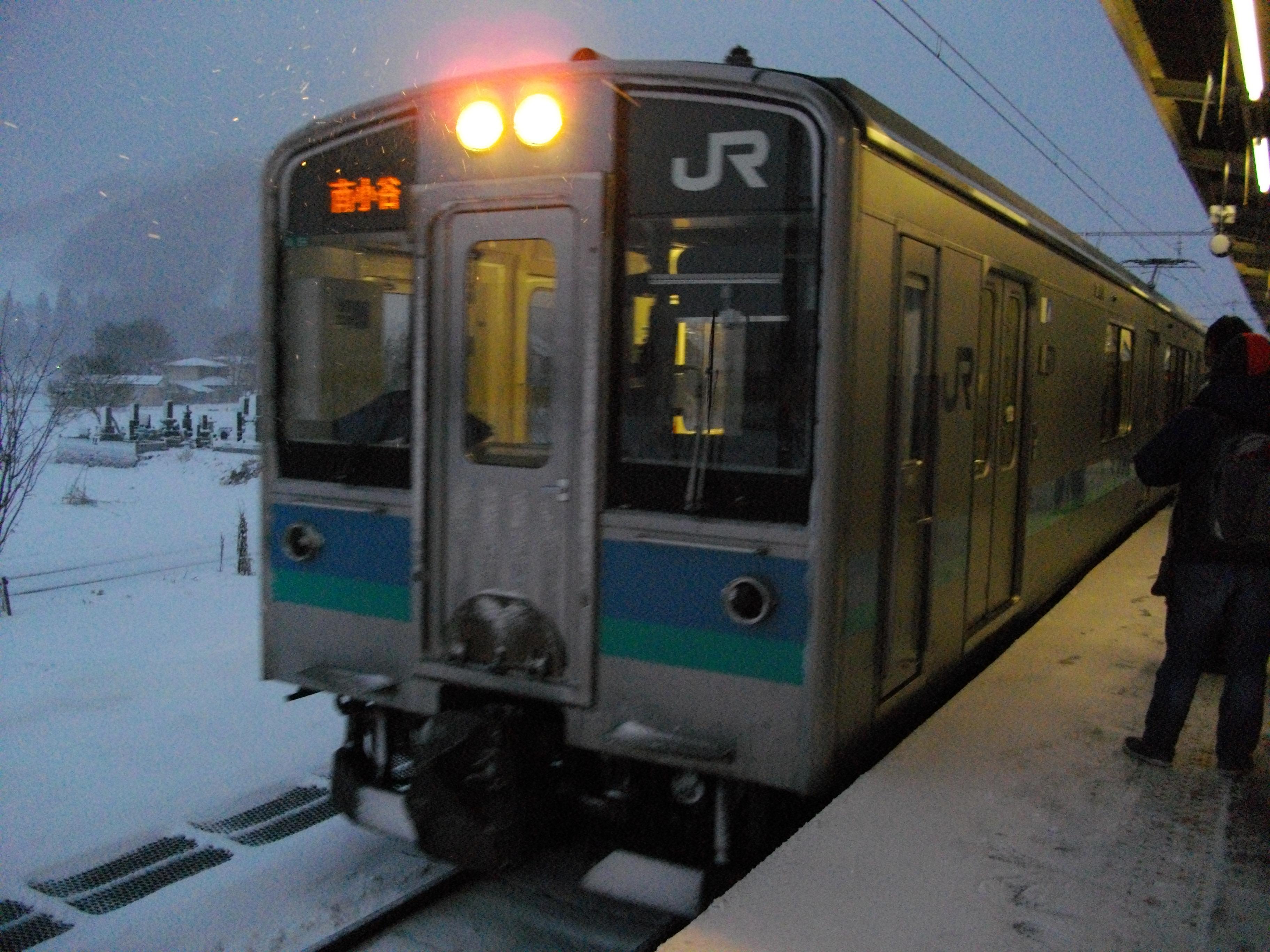 冬の白馬駅